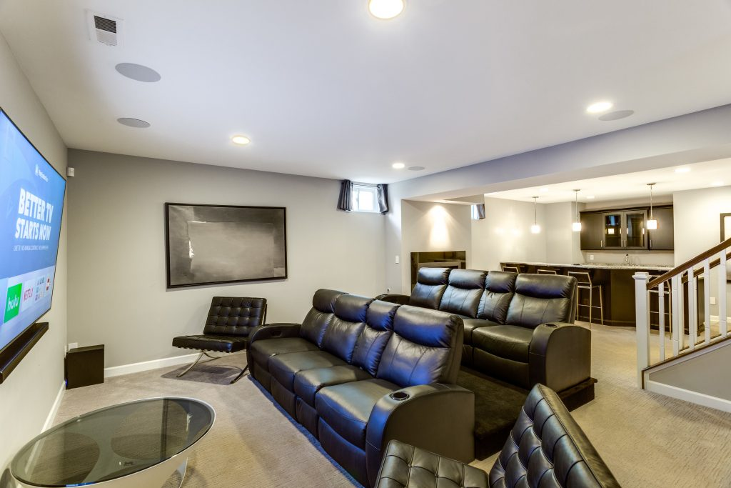 Creating a theater room: how to set up a theater room in your basement.